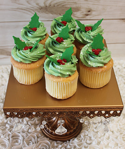 CC-045 Gold cupcake with chocolate filling and holly berry decor
