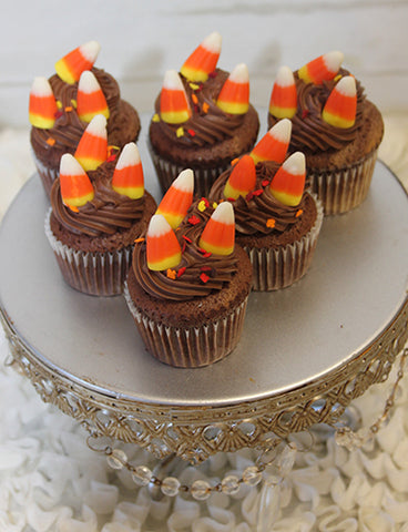 CC-054 Mini Halloween cupcakes Chocolate with white mousse filling