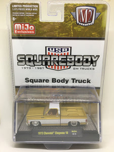 M2 Machines 1:64 MiJo Exclusive 1973 Chevrolet Cheyenne 10 Square Body Truck (in Liquid Gold)