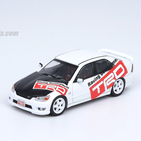 Inno64 1:64 TOYOTA ALTEZZA RS200 Tuned by TRD
