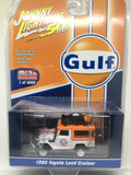 Johnny Lightning Toyota FJ40 Land Cruiser GULF Racing 4X4 Mijo Exclusive 1:64
