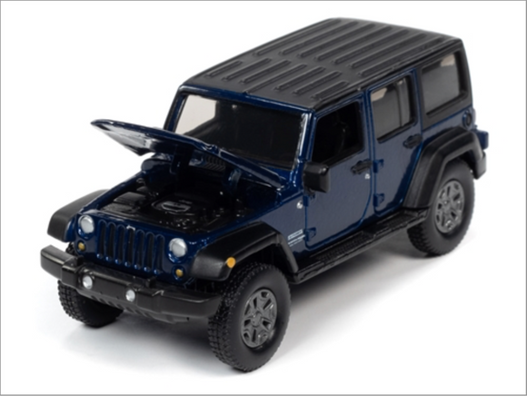 Auto World 1:64 Premium 2018 Jeep Wrangler JK Unlimited Sport (4 door) (Purple Metallic with Flat Black)