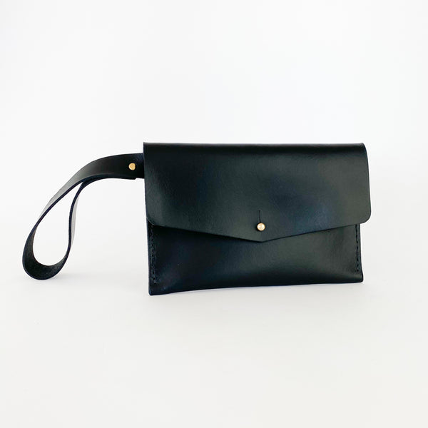 Wristlet | Envelope | Black