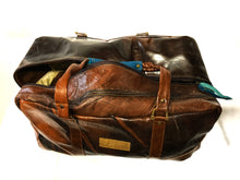 Load image into Gallery viewer, Leather Holdall - regular