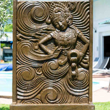 Load image into Gallery viewer, Fontaine déesse balinaise / Balinese Goddess fountain