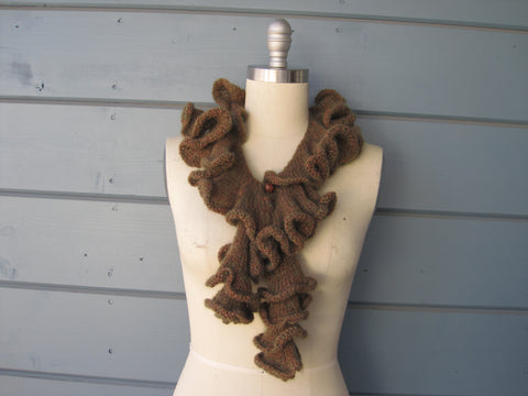 Alpaca Ruffled Neck Scarf