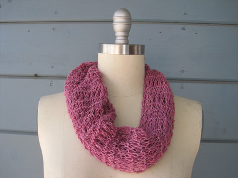 100% Cashmere Berry Cowl