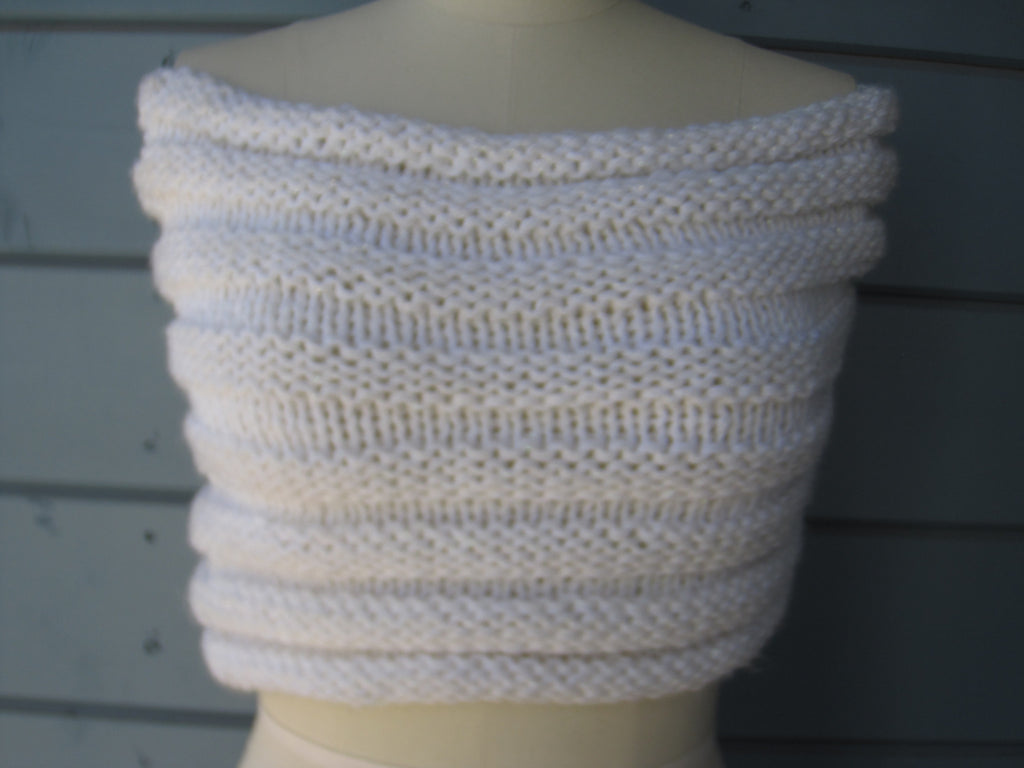 Snow Shrug / Cowl