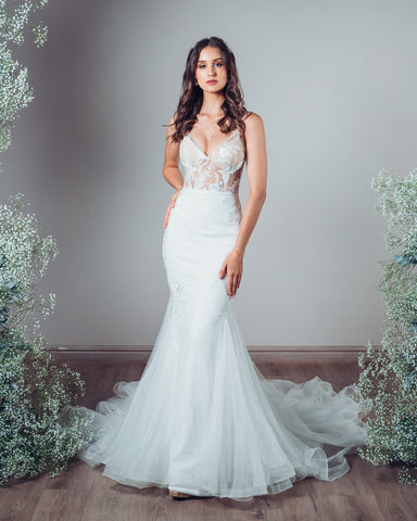 Wedding Dress: Zoë
