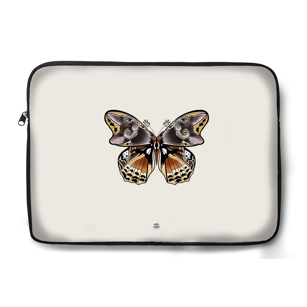 Naysla Droguett - Cat Moth - Laptop Sleeve
