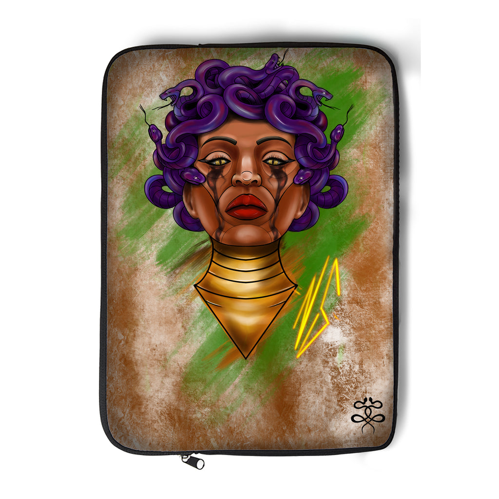 Newschoolenko Max - Fatal Queen - Laptop Sleeve