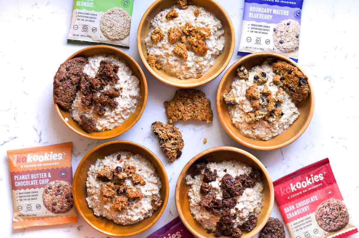 Instant Pot Delicious Creamy Kakookies Oatmeal Bowls with all flavors