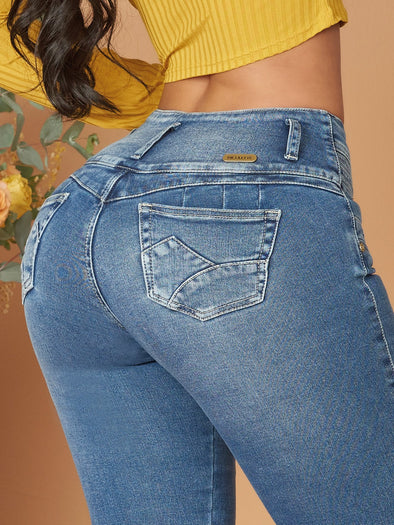 up close butt lift colombian jeans light blue