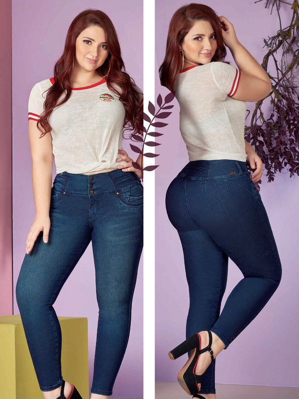 plus size colombian model butt lift jeans and white and red top