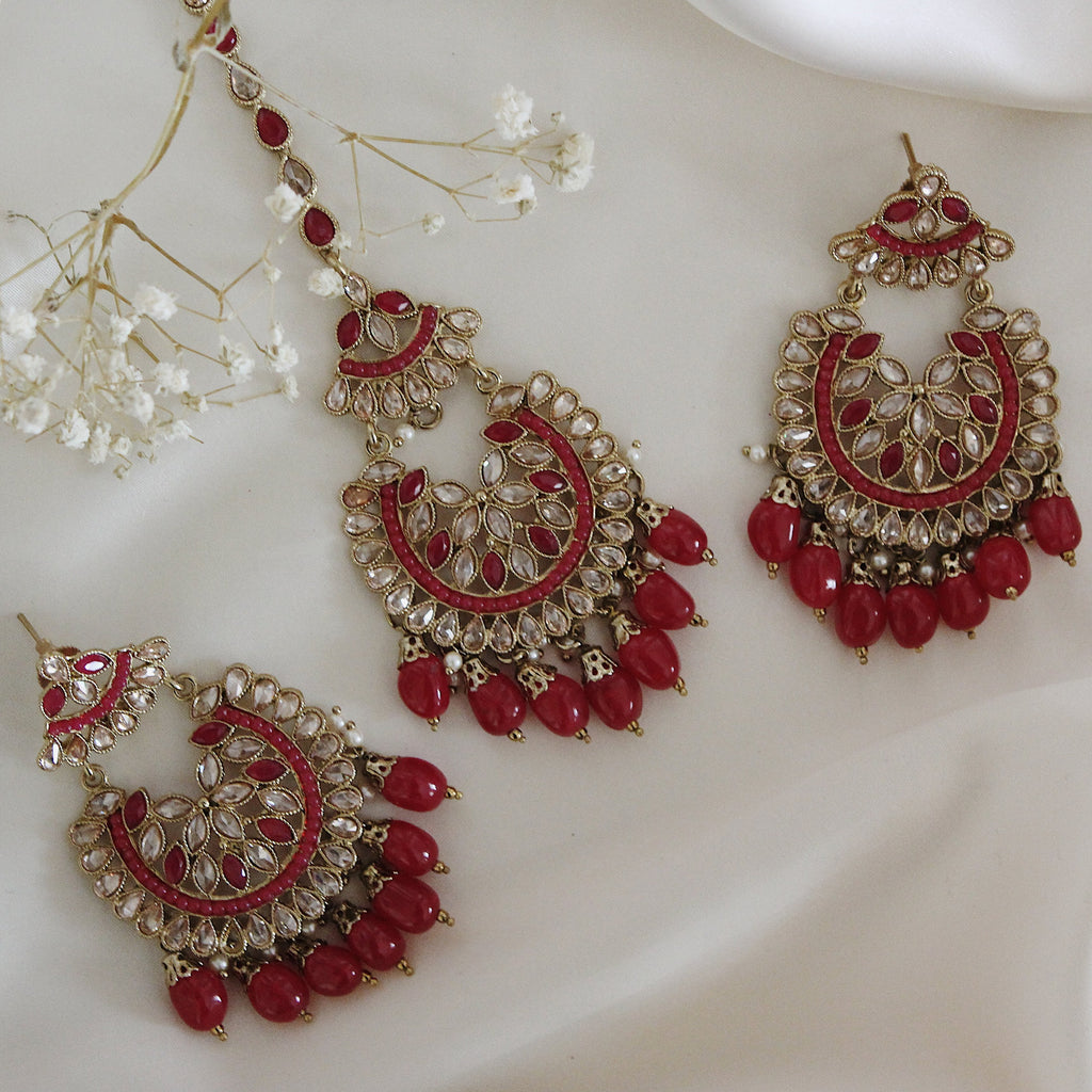 Adira Earring & Tikka Set (Gold/Emerald/Red)
