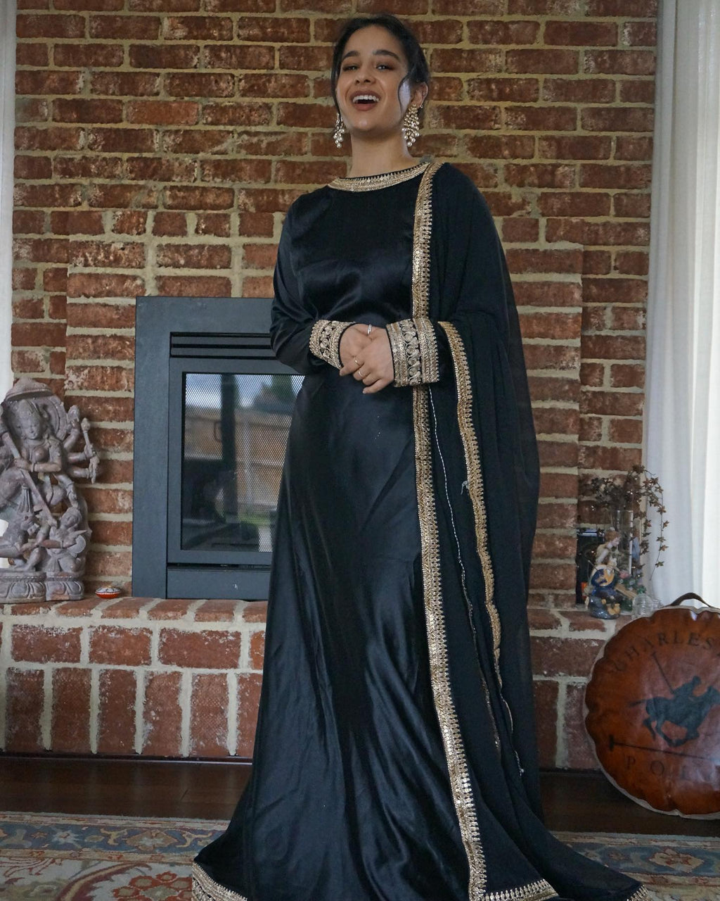 Sophisticated In Black Anarkali