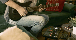 Using the Jamstik Studio MIDI Guitar with a Groove Box