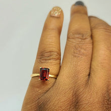 Load image into Gallery viewer, Emerald Cut Garnet Ring