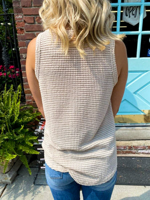 "<img src=""High-Low-Waffle-Knit-Sweater-Tank-Cream-Back.jpg"" alt=""high low waffle knit sweater tank in cream back view"">"
