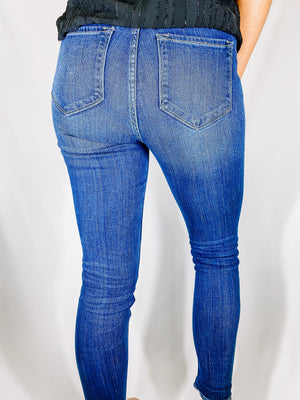 "<img src=""High-Rise-Stretch-Ankle-Skinny-Jeans-Back.jpg"" alt=""high rise stretch ankle skinny jeans back view"">"