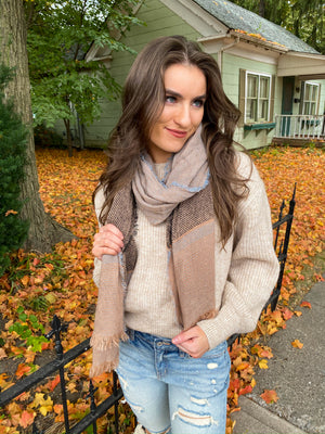 "<img src=""Lace-Up-Back-Sweater-Sand-Front.jpg"" alt=""lace up back sweater in sand front view"">"