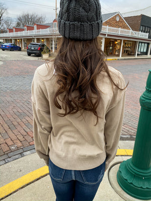 "<img src=""Lightweight-Boatneck-Sweater-Sand-Back.jpg"" alt=""lightweight boatneck sweater in sand back view"">"