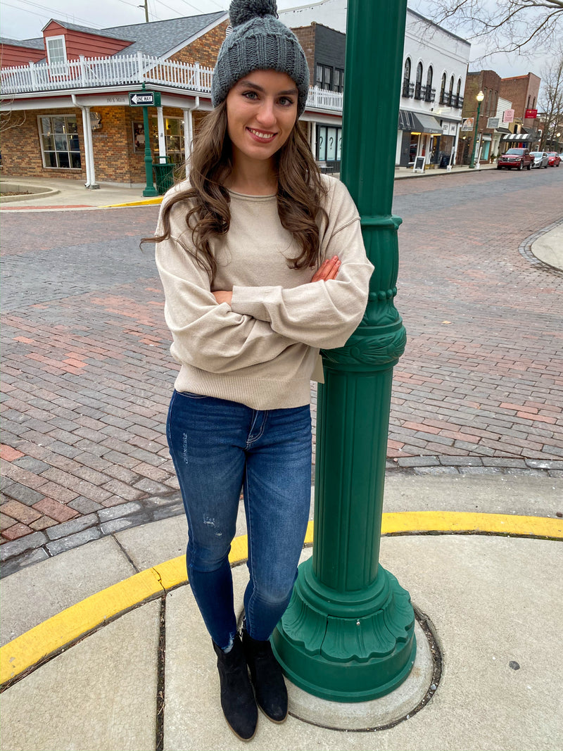 "<img src=""Lightweight-Boatneck-Sweater-Sand-Full.jpg"" alt=""lightweight boatneck sweater in sand full view"">"