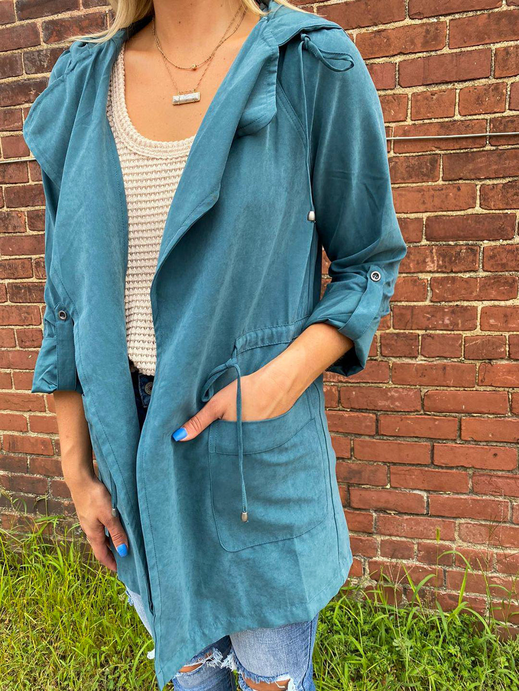 "<img src=""Lightweight-Drapey-Trench-Teal-Front.jpg"" alt=""lightweight drapey trench in teal front view"">"