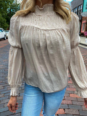 "<img src=""Long-Sleeve-Satin-Blouse-Champagne-Front.jpg"" alt=""long sleeve satin blouse in champagne front view"">"