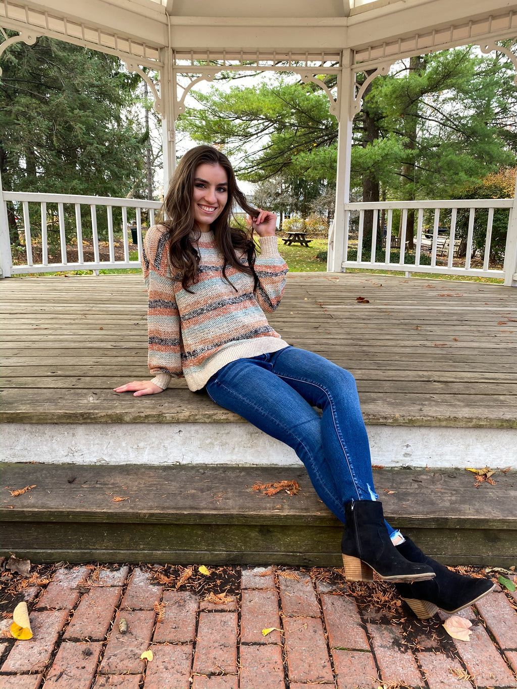 "<img src=""Loose-Knit-Striped-Sweater-Multicolor-Front.jpg"" alt=""loose knit striped sweater multicolor front view"">"