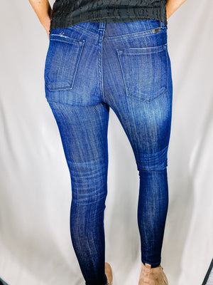 "<img src=""Mid-Rise-Stretch-Super-Skinny-Jeans-Back.jpg"" alt=""mid rise stretch super skinny jeans back view"">"