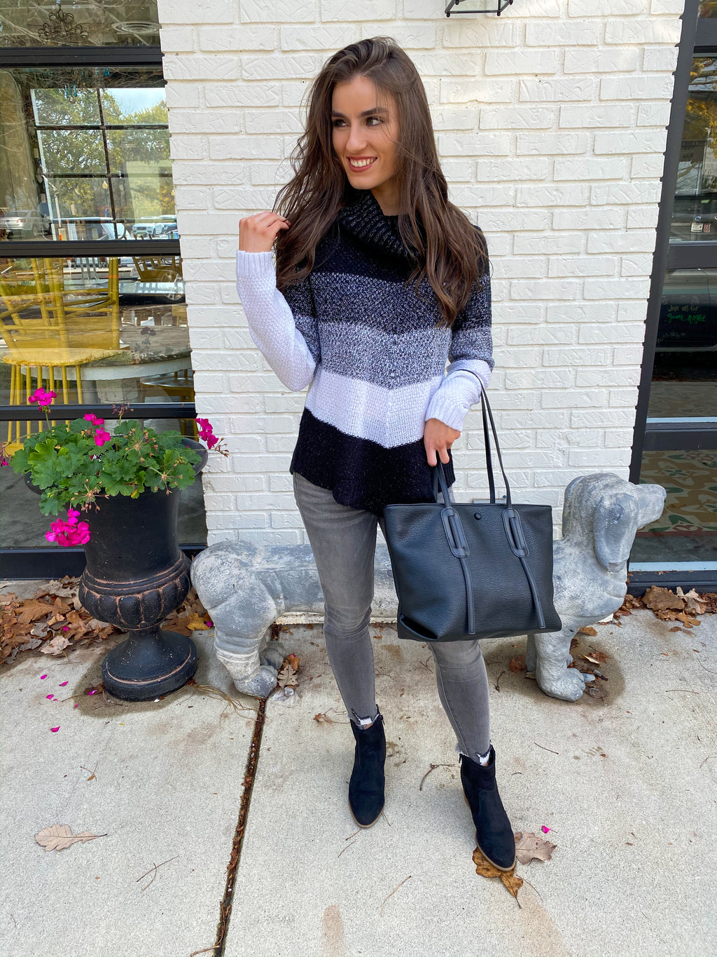 "<img src=""Shimmery-Multi-Color-Sweater-Front.jpg"" alt=""shimmery multi color sweater front view"">"