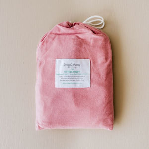 Snuggle Hunny Bassinet Sheet – Rouge Pink