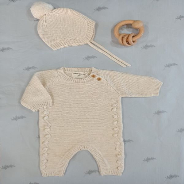 Wilson & Frenchy Gift Set – Oatmeal Knit Growsuit & Bonnet with Teething Ring – Newborn Baby