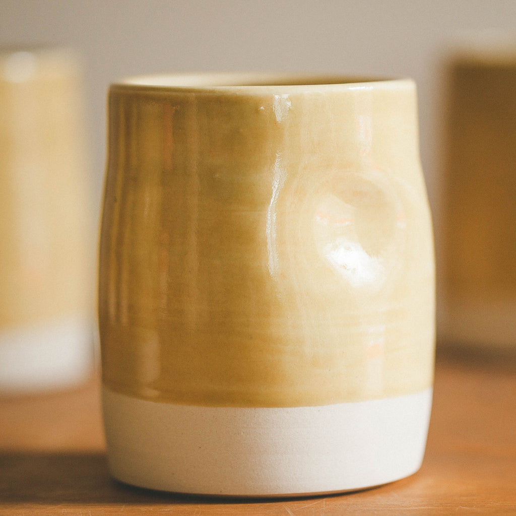 Huli Thumbprint Cup in Mustard