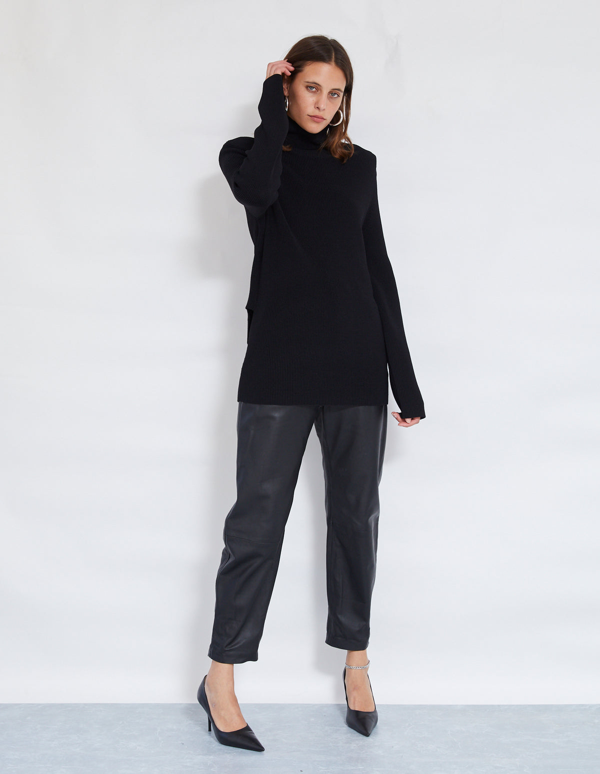 ROBBIE KNIT JUMPER | BLACK
