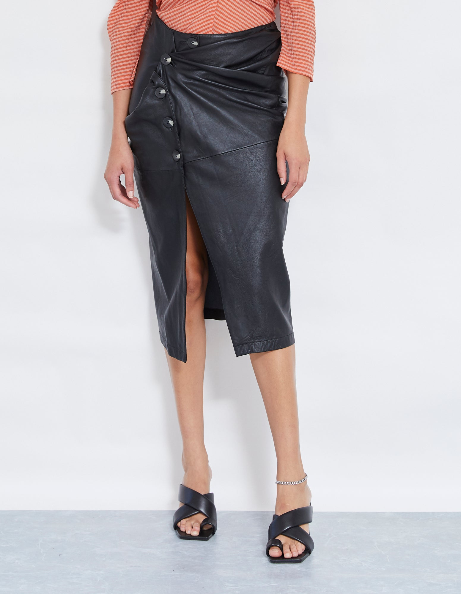 BUICK LEATHER TWIST SKIRT | BLACK