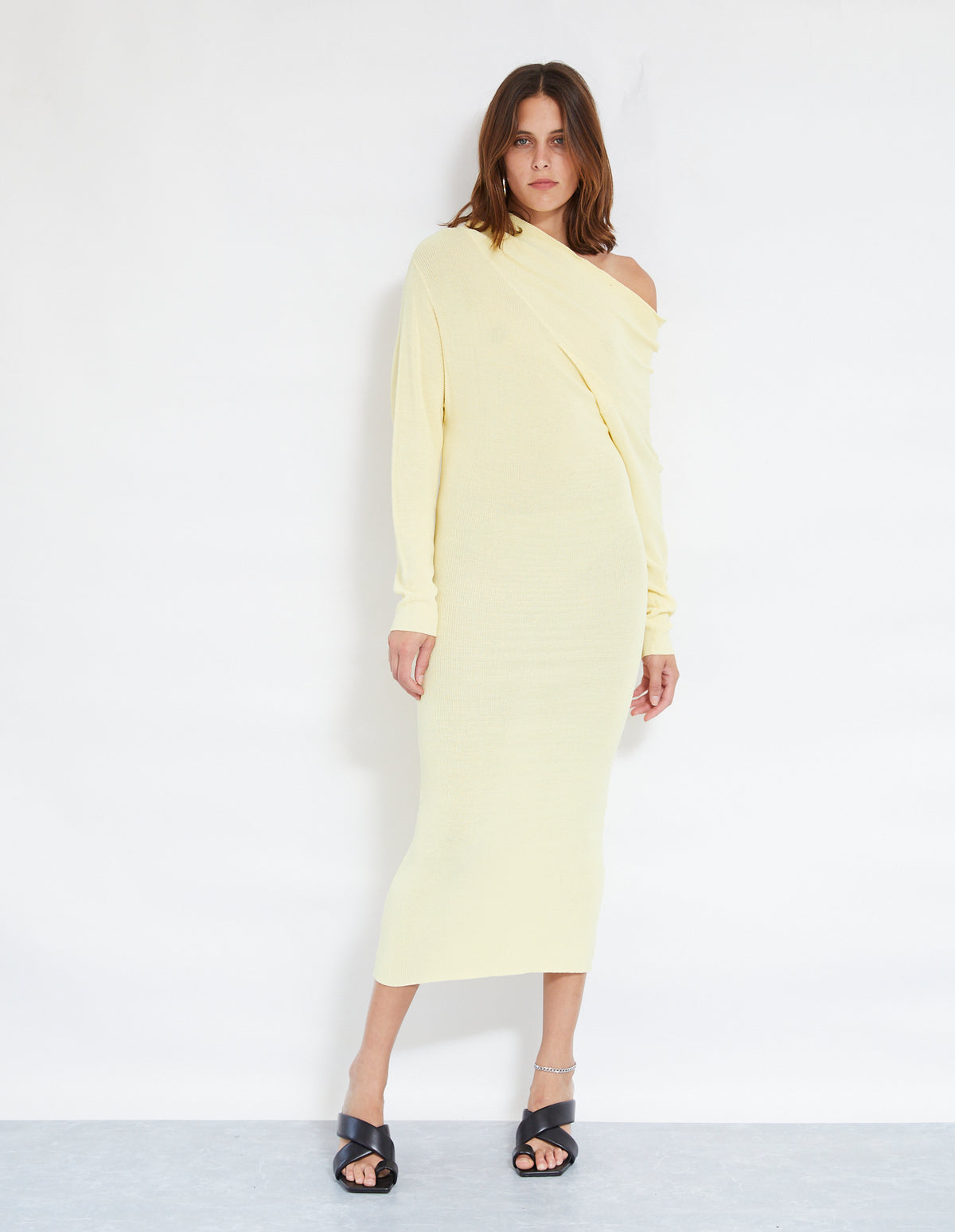 ROBBIE FINE KNIT DRESS | LEMON