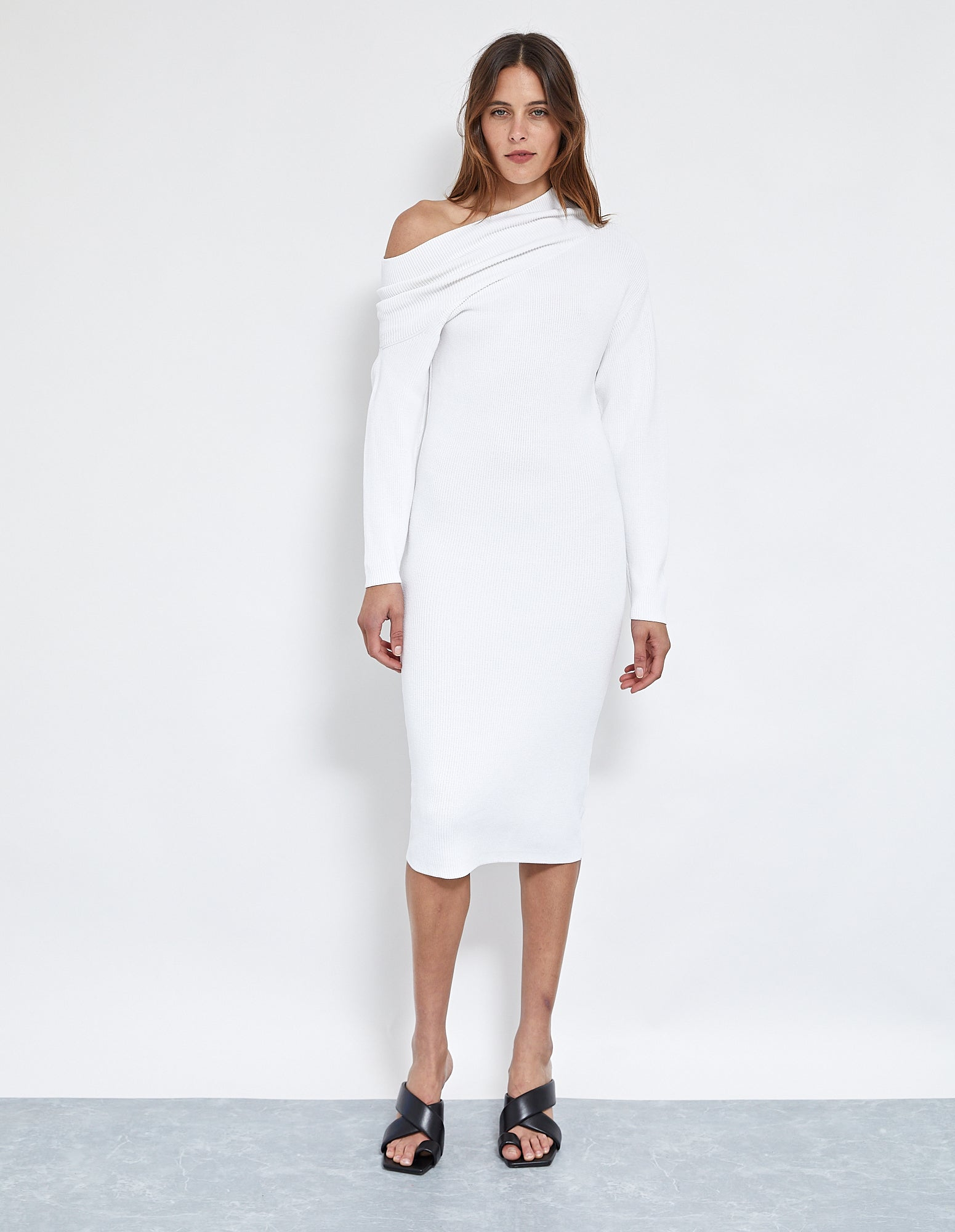 ROBBIE THICK KNIT DRESS | WHITE