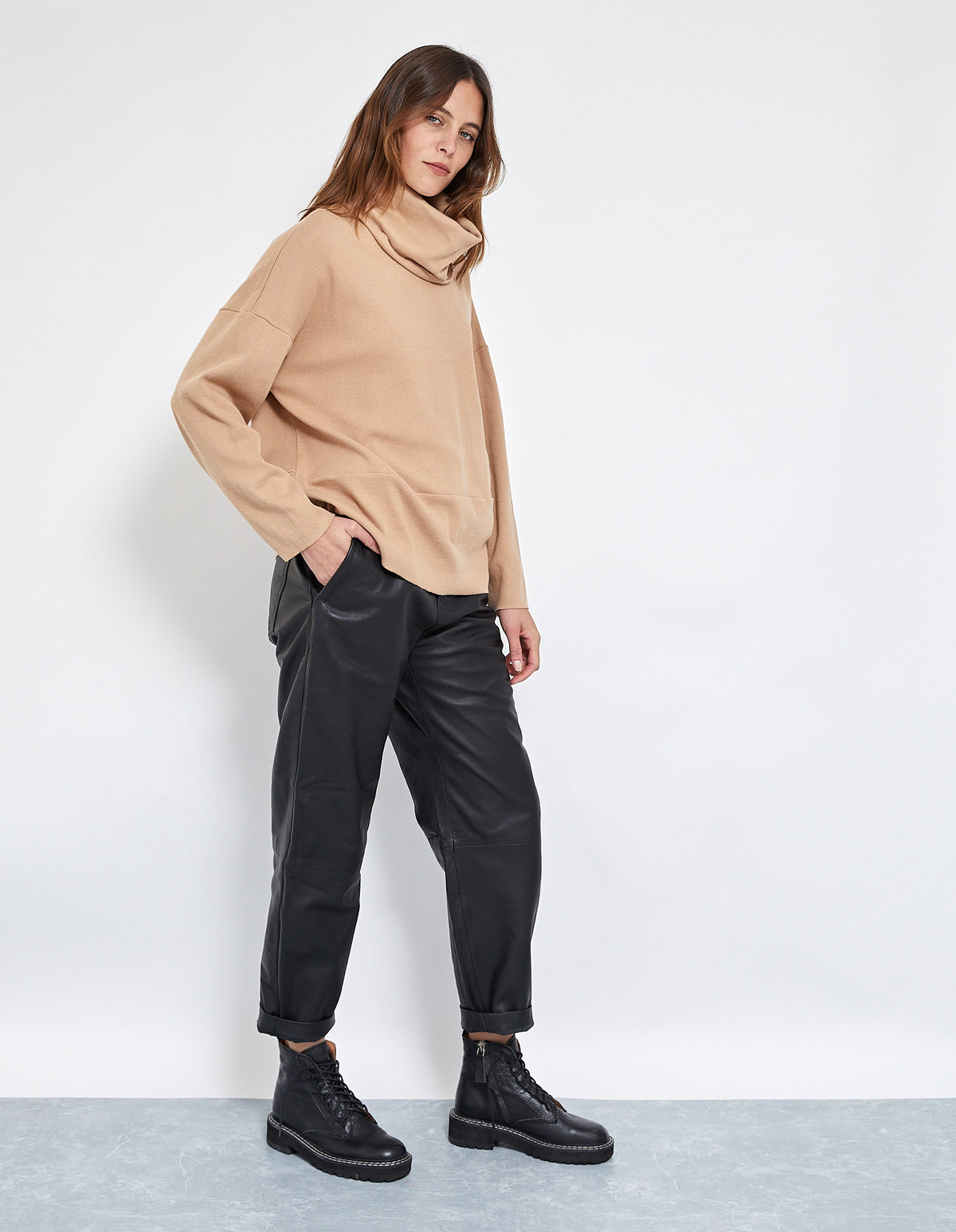 BRUNO RIB OVERSIZED TOP | BEIGE