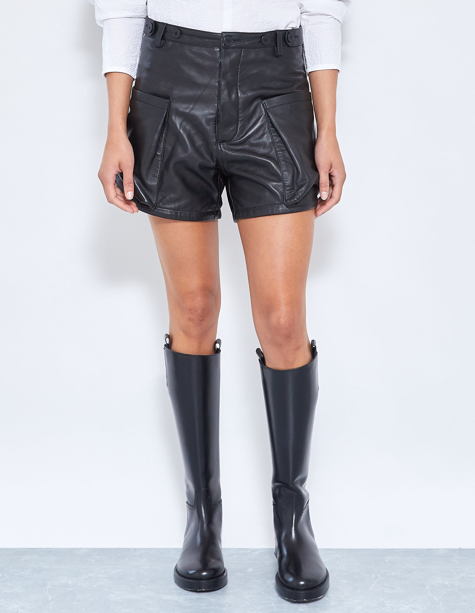 MATTEO LEATHER SHORT | BLACK