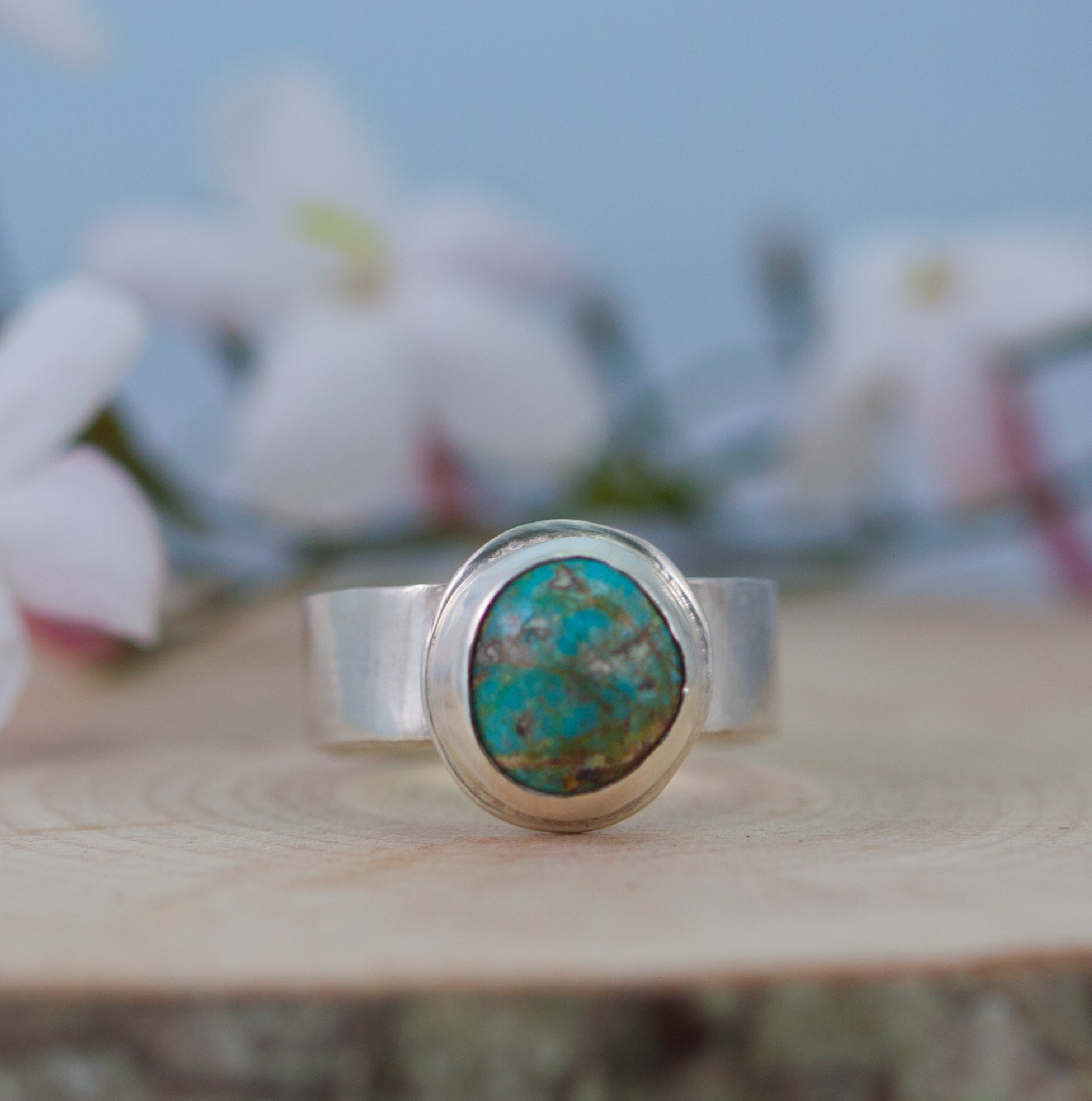 Vintage American SW mine Turquoise and silver ring