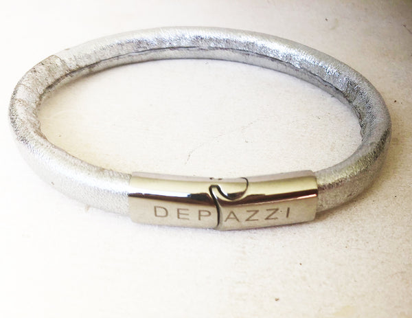 Men's silver foil cowhide bracelet with Depazzi catch