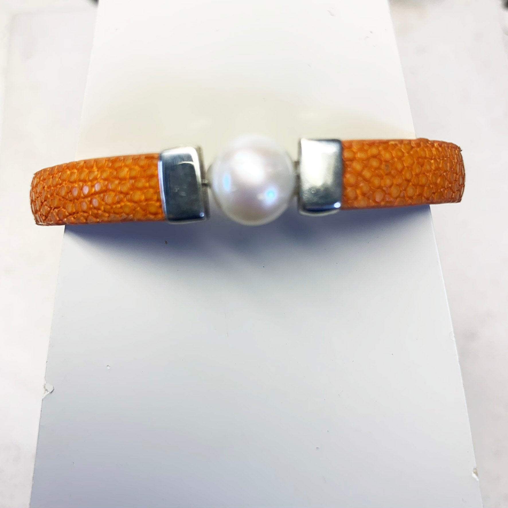 Stingray and pearl bracelet