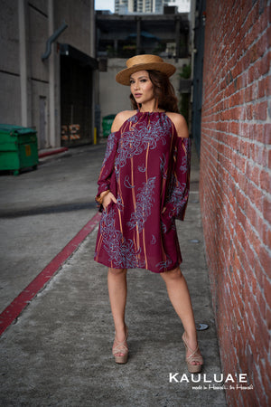 KIA HALTER DRESS w/ WIDE SLEEVES (Breakers Jade-Burgundy)