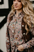 Load image into Gallery viewer, 'Albany' Western Print Pearl Snap Blouse