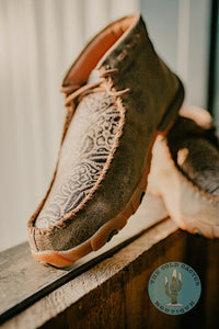 Women's Embossed Floral Print Chukka Driving Moc