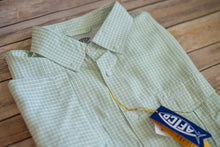 Load image into Gallery viewer, Aftco Sirius SS Button Down Shirt Pistachio
