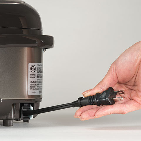 Easy-to-store retractable power cord
