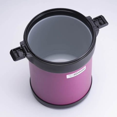 Washable jar with nonstick coated interior (do not soak in water)